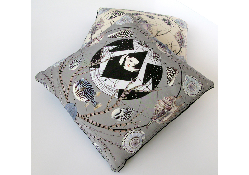 fashion-cushions-coco-forget-me-not
