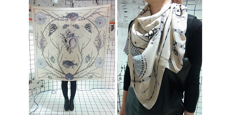 forget-me-not-shell-scarf-coco-illustration-fashion-foulard